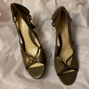 Nine West Leather Upper High Heel Shoes Size 6.5M